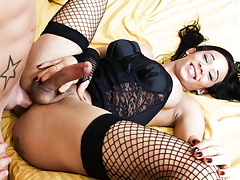 That horny tanned dark shemale has some control in her cock!