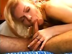 Bride shemale sucks cock