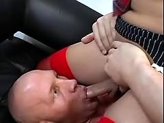 Guy sucks and licks latin shemale